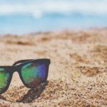 Óculos ou lentes de contacto para este Verão, qual é a melhor opção?